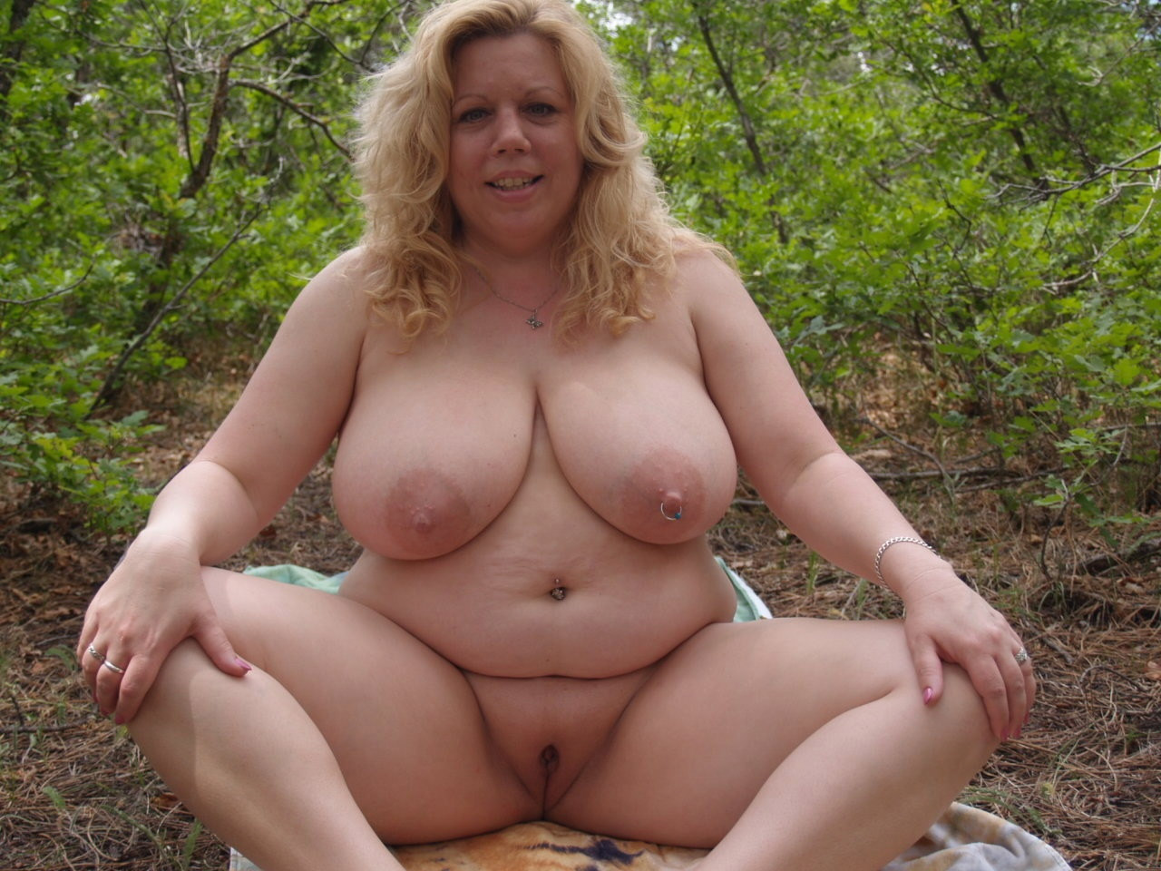 Bbw fat girl outdoor fucking