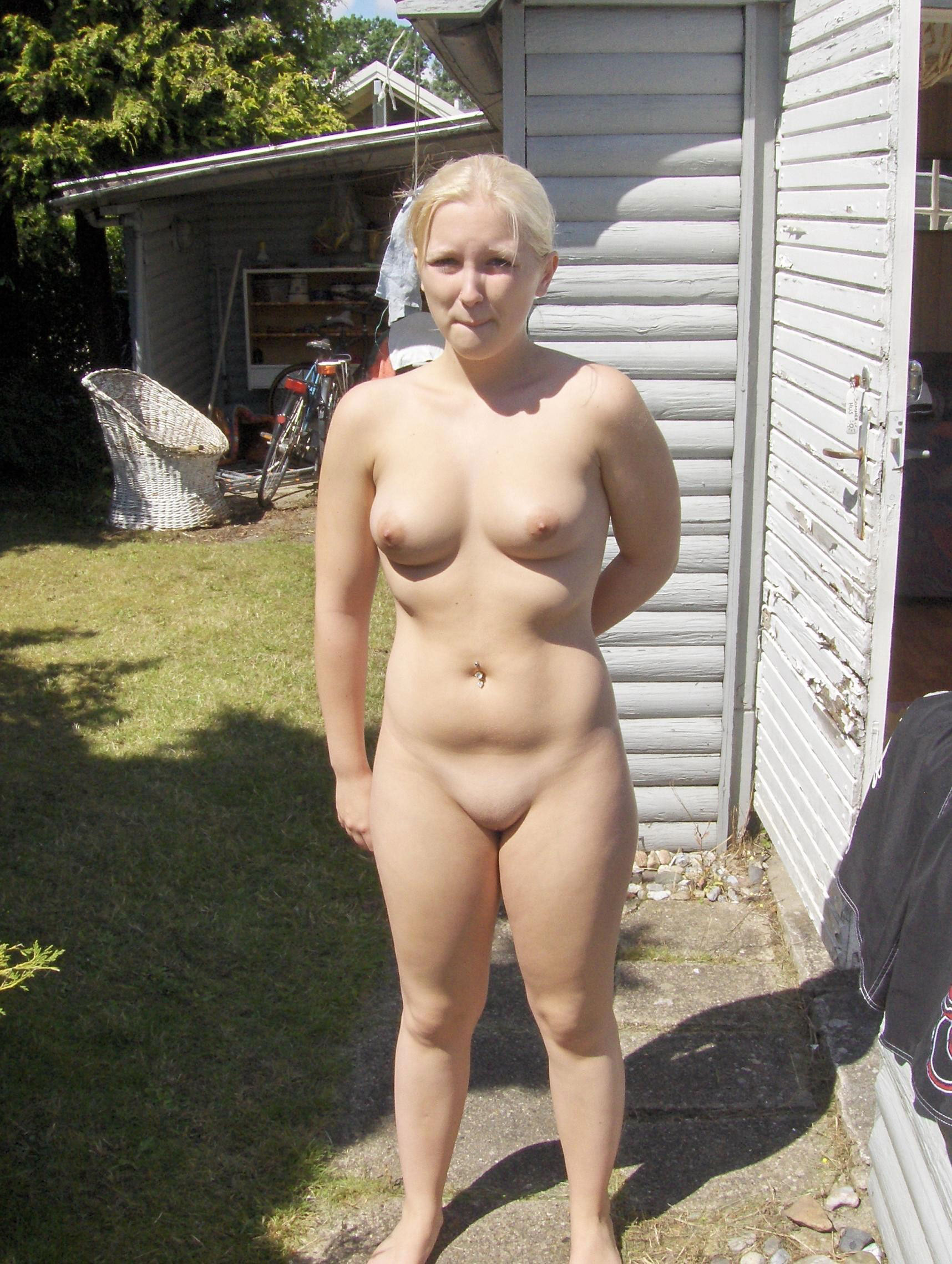 outdoor fat women nude