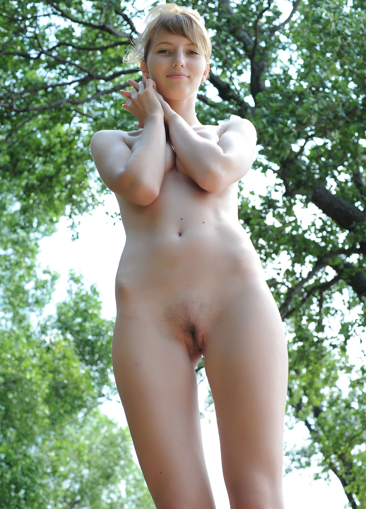 83net young naked $